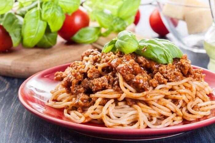 mie bolognese